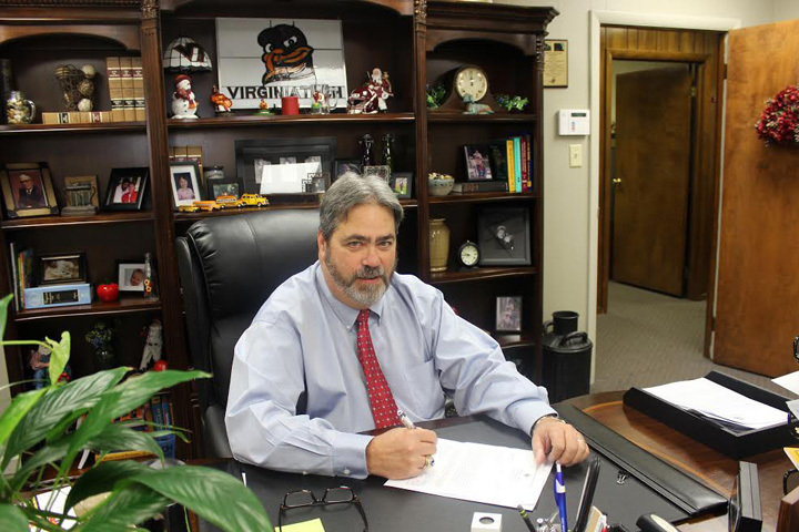 Charles Berkley Named Region 8 Superintendent of the Year