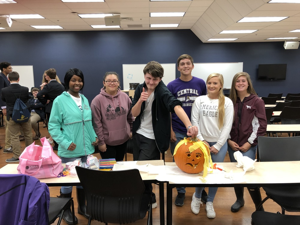 DECA Officers Travel to Liberty University for Team Building Competitions
