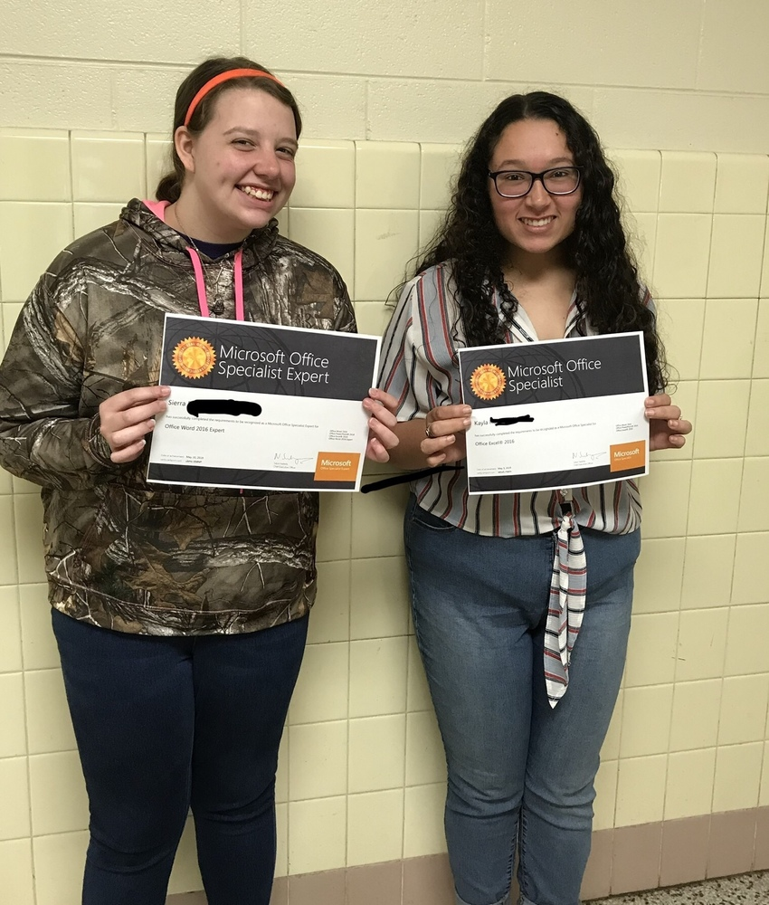 CHS Students Earn Microsoft Office 2016 Specialist Certifications in Excel, PowerPoint, and Word