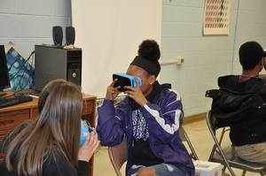 LCPS Students Learn From Google Expeditions VR in Classes
