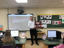 Entrepreneur John Hite, CHS Graduate, Visits CHS Marketing Classes