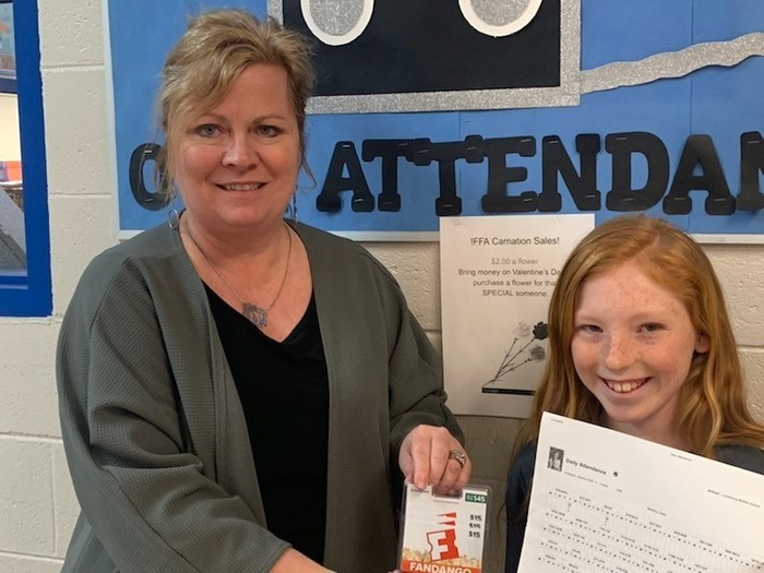 LMS Student wins Attendance Policy Raffle